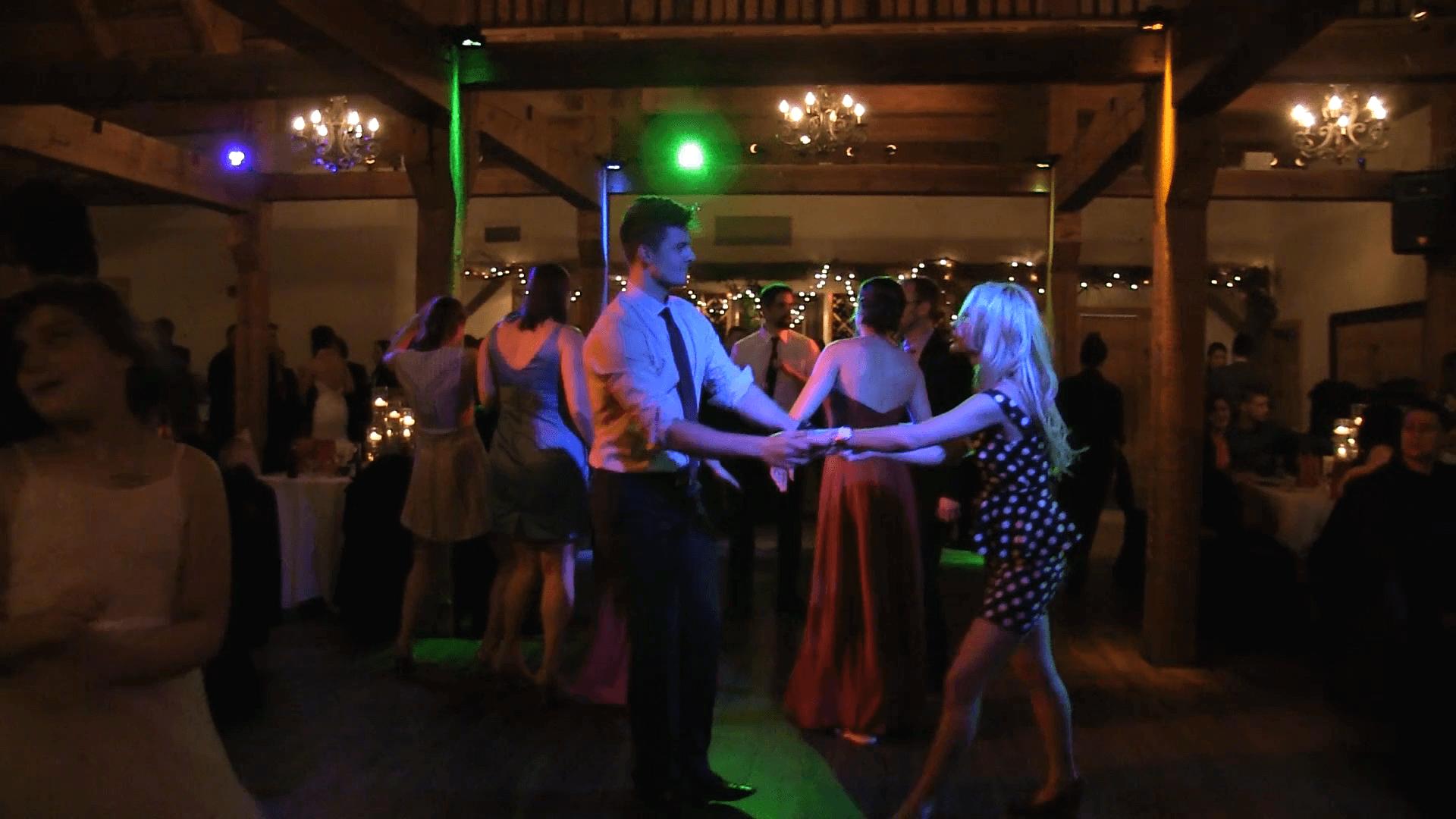 Couple-Dancing-Green
